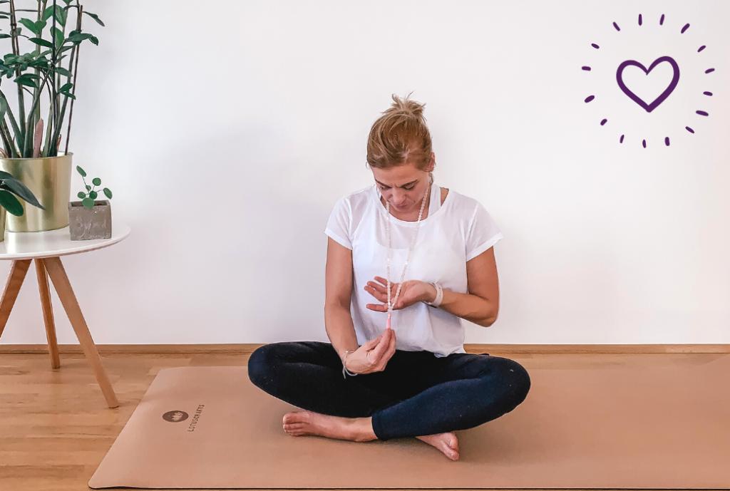 Mala Malakette Rosenquarz Yoga Wien Herz